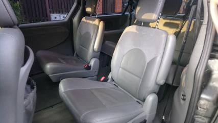 Chrysler Grand Voyager 2,8 CRD LIMITED ,aut,DVD,